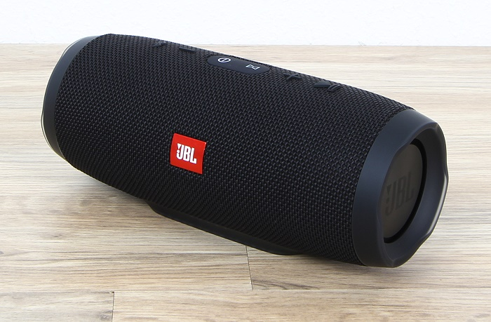 JBL Charge 3 Front Seitlich2