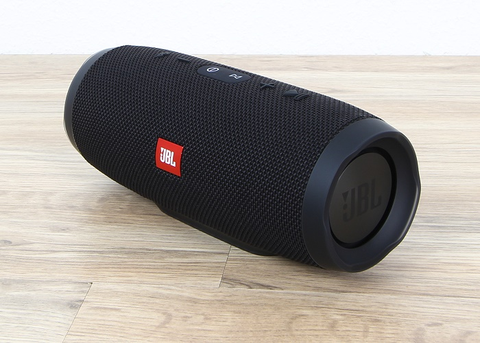 JBL Charge 3 Front Seitlich3