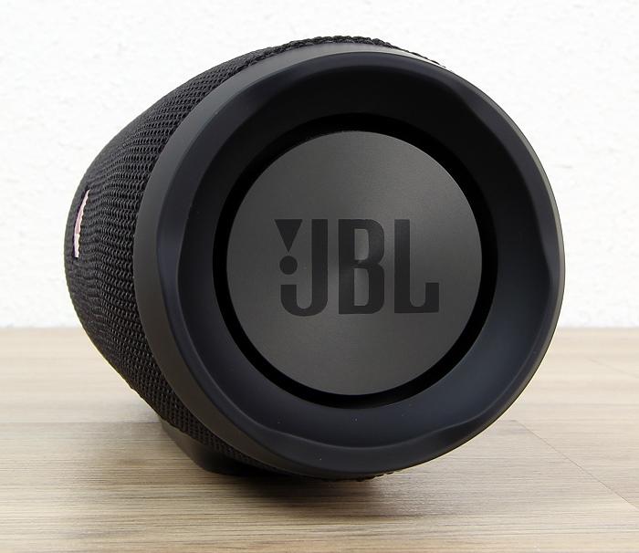 JBL Charge 3 Seitenansicht