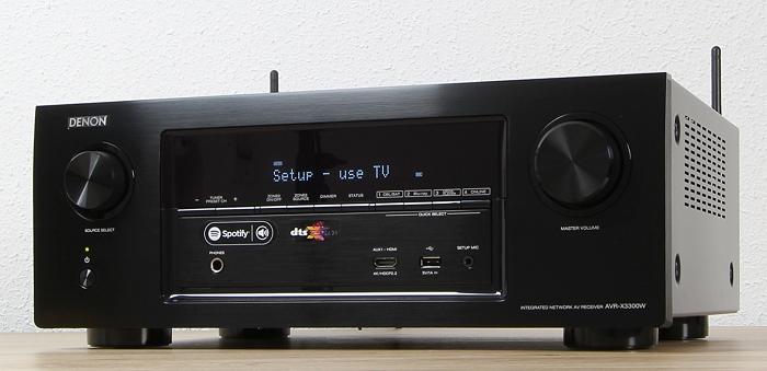 Denon AVR-X3300W Front Seitlich3