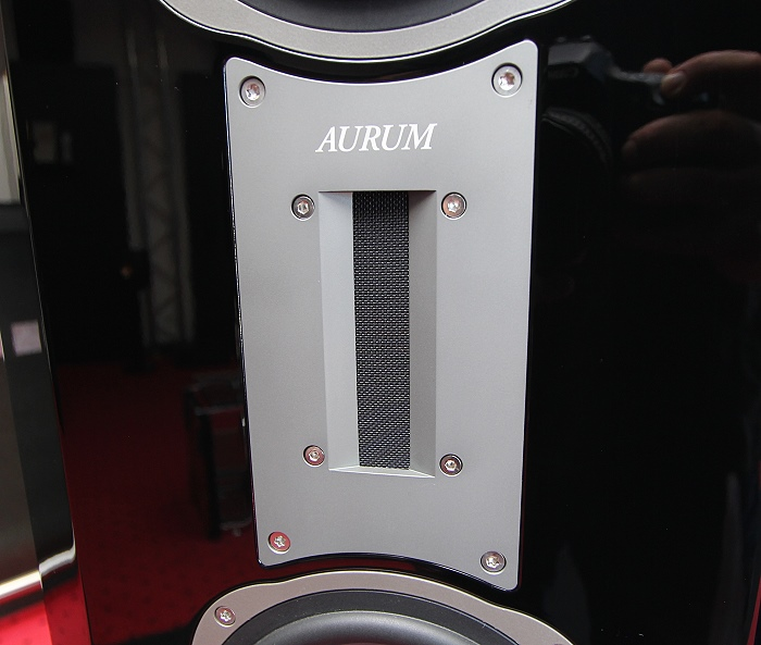Aurum Titan R9 Hocjtoener