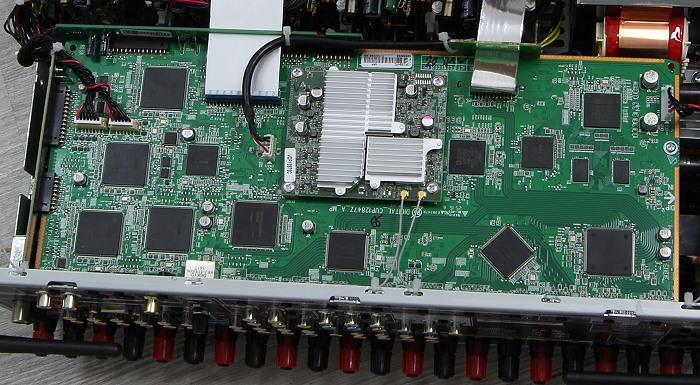Denon AVR-X4300H Innenleben1