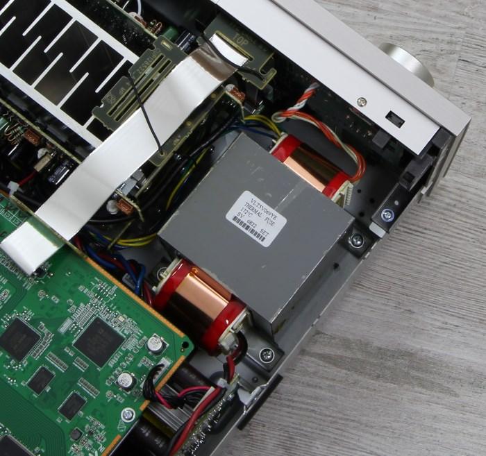 Denon AVR-X4300H Innenleben2
