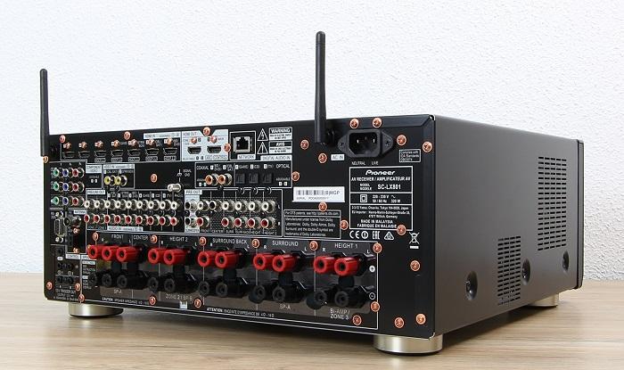 Pioneer SC-LX801 Rueckseite Seitlich