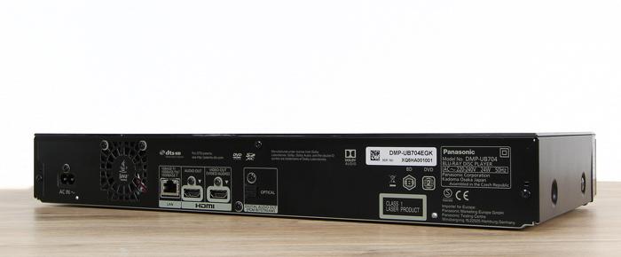 Panasonic-DMP-UB704EGK-Rueckseite-Seitlich