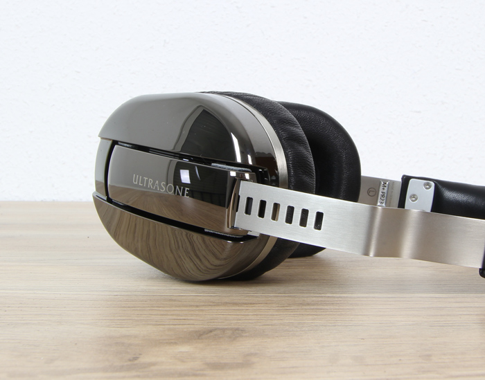 Ultrasone-Edition-M+-Black-Pearl-5