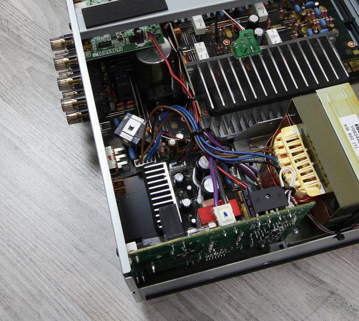 Yamaha-A-S801-Innenleben3