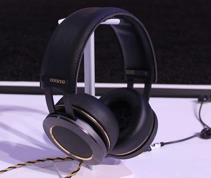 onkyo_h900m_headphones