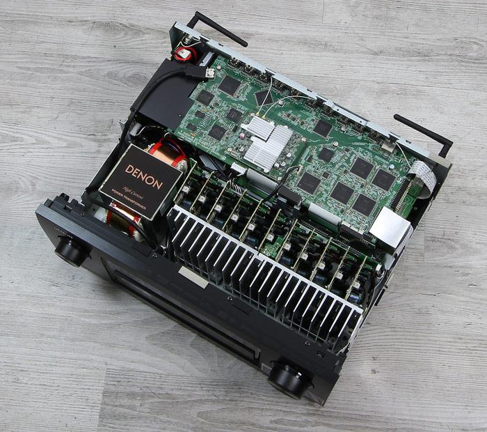 Denon-AVR-X6300H-Innenleben-Gesamt