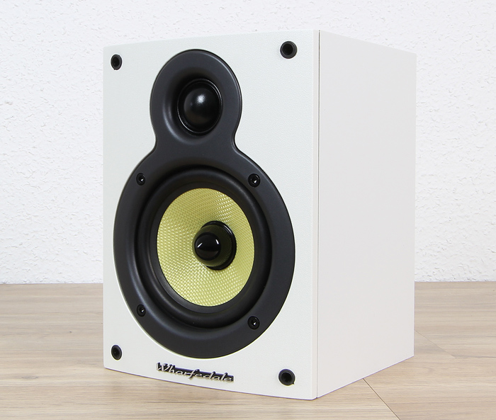 Wharfedale-Crystal-Set-Crystal-4.1-Front-Seitlich