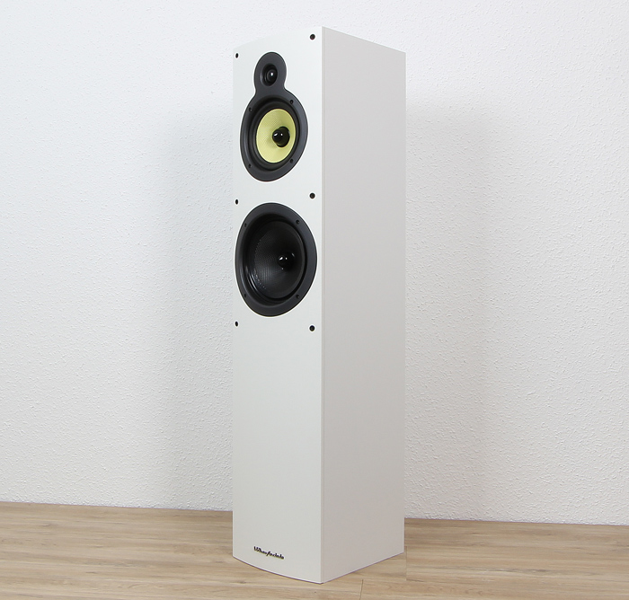 Wharfedale-Crystal-Set-Crystal-4.3-Front-Seitlich2