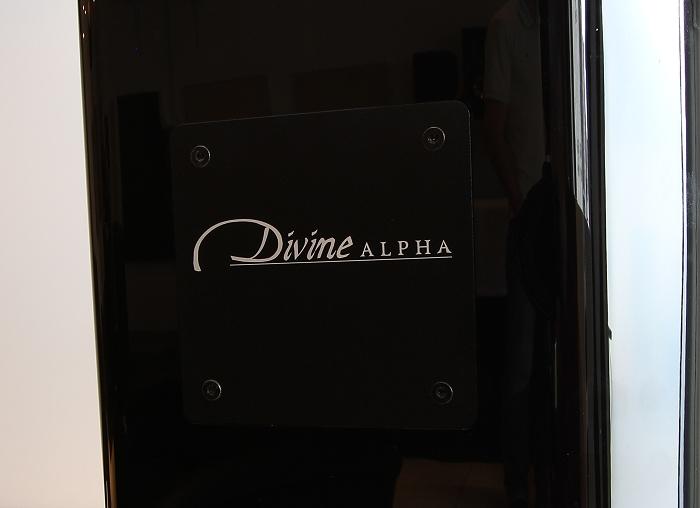 XTZ Divine Alpha FLR Detail Rueckseite