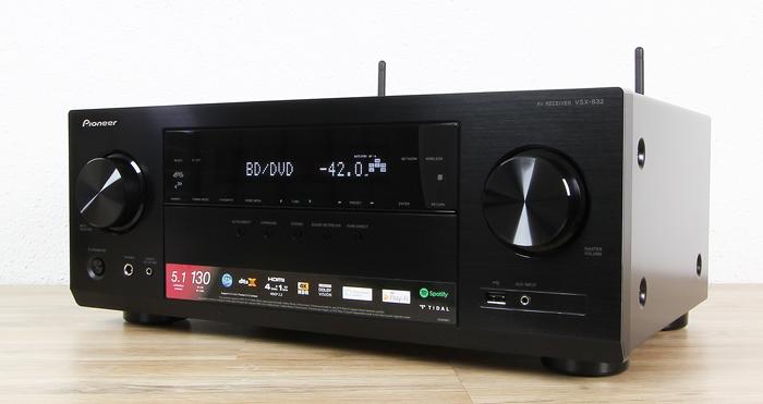 Pioneer-VSX-832-Front-Seitlich1