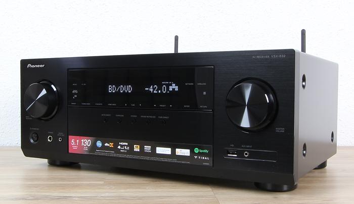 Pioneer-VSX-832-Front-Seitlich2
