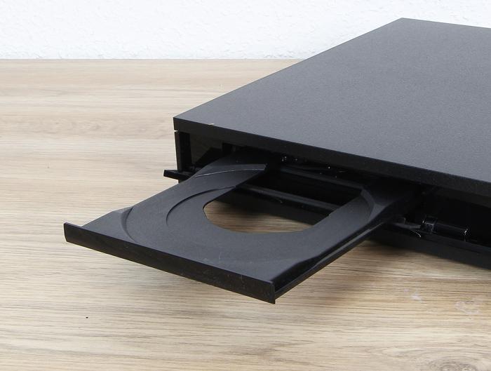 Sony-UBP-X800-Disc-Schublade