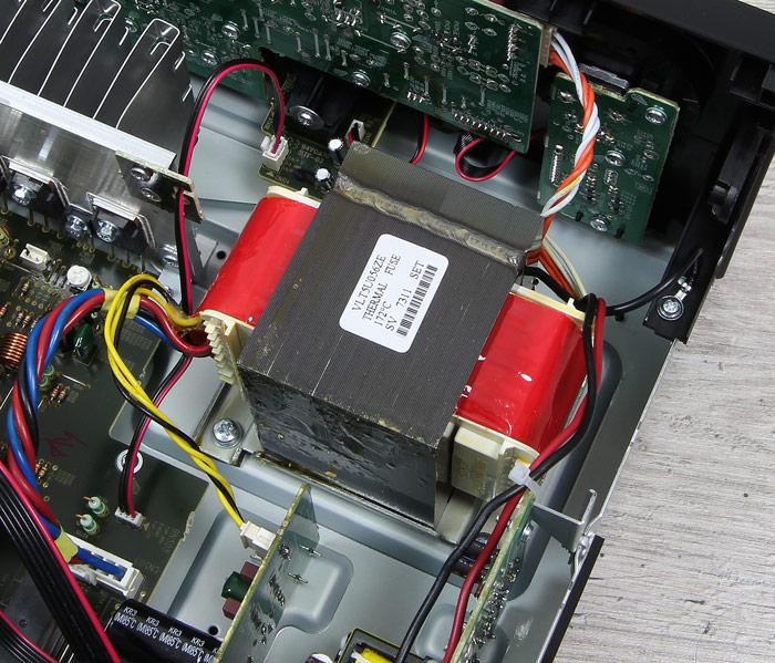 Denon-AVR-X540BT-Innenleben1