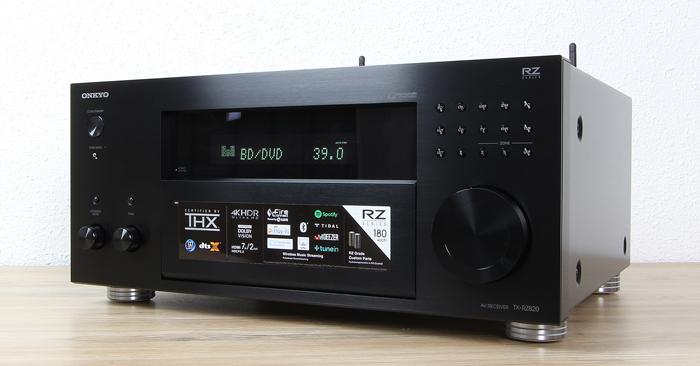 Onkyo-TX-RZ820-Front-Seitlich1