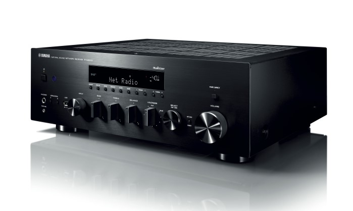 info yamahas erster stereo receiver mit ypao. Black Bedroom Furniture Sets. Home Design Ideas