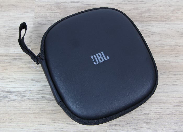 JBL_Everest_Elite_750NC_tasche