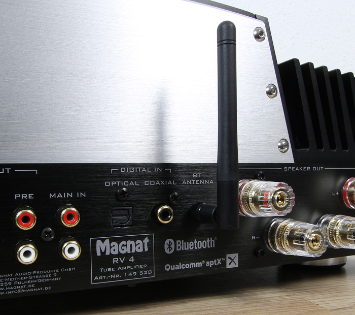Magnat-RV-4-Anschluesse-Rueckseite3