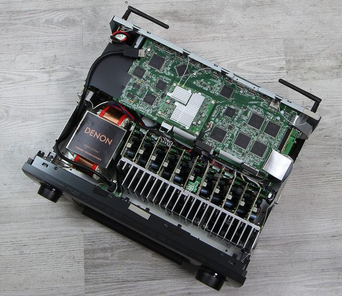 Denon-AVR-X6400H-Innenleben-Gesamt