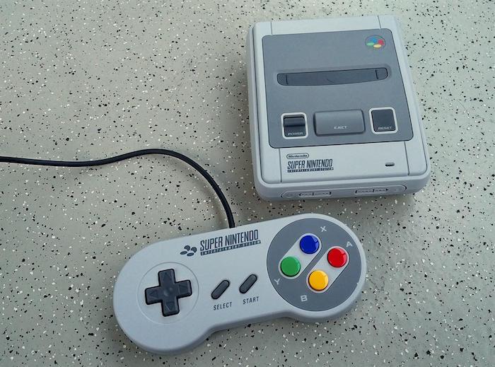 Nintendo SNES Classic Mini 02