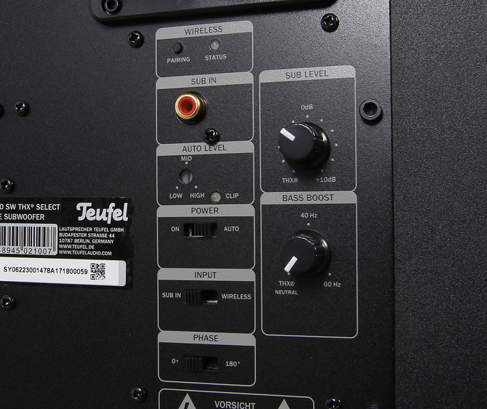 Teufel-System-6-THX-S6000SW-Bedienelemente-Rueckseite