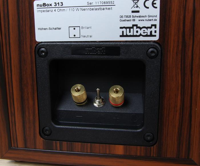 Nubert-nuBox-313-Anschluesse-Rueckseite