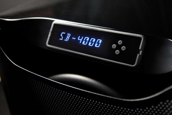 SVS SB4000 Display