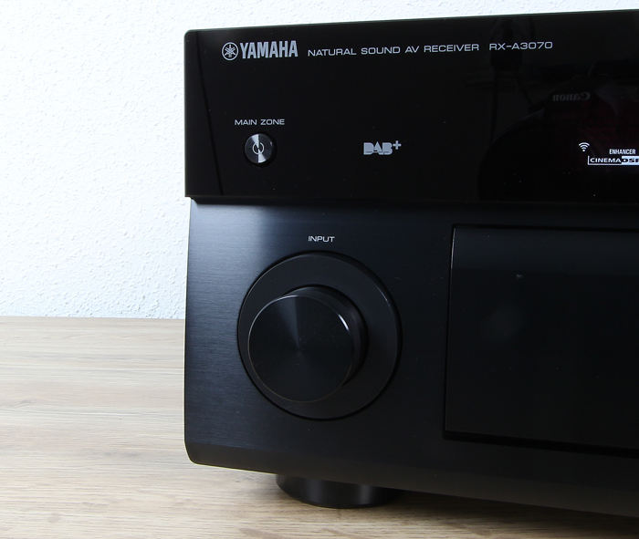 Yamaha-RX-A3070-Bedienelemente-Front