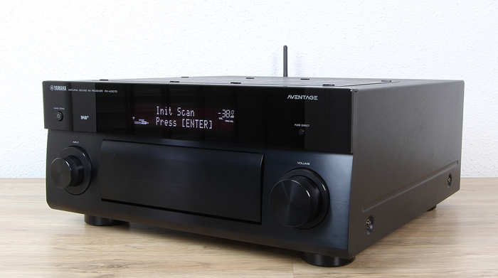 Yamaha-RX-A3070-Front-Seitlich2