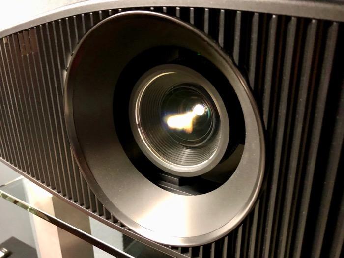 Sony_760_lens