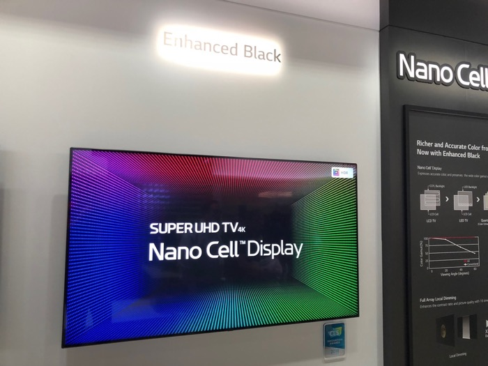 LG Super UHD TV Black