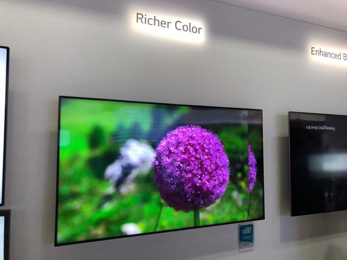 LG Super UHD TV Farben
