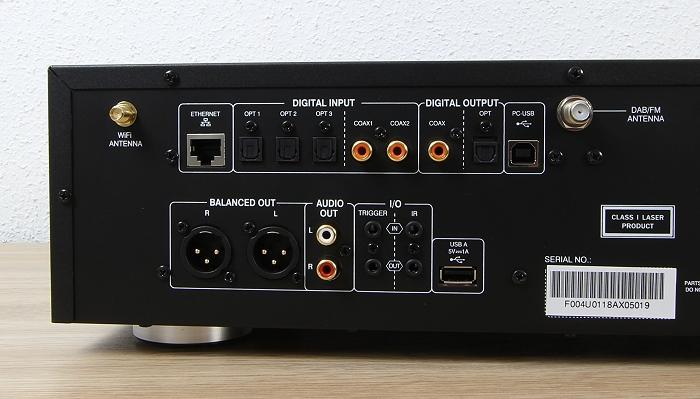Advance Acoustic X-Stream 9 Anschluesse Rueckseite1