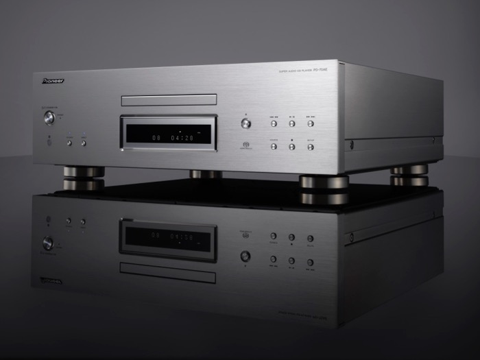 High End Pioneer PD-70AE