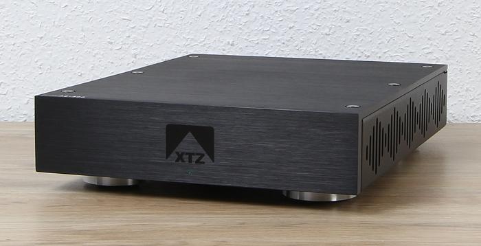 XTZ Edge A2-300 Front Seitlich1
