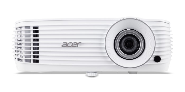 Acer_V6810-01