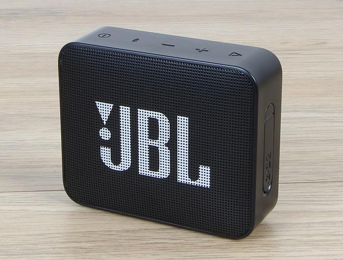 test bluetooth lautsprecher jbl clip 3 rund kompakt und klangstark f r knapp 60 eur area dvd. Black Bedroom Furniture Sets. Home Design Ideas