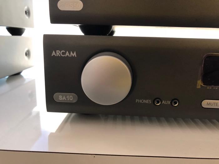 Mai HE Arcam SA10 CDS50 Detail1