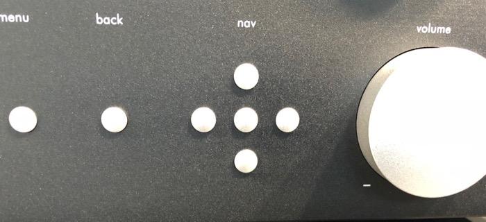 Mai HE Nubert nuControl 2 Bedienelemente
