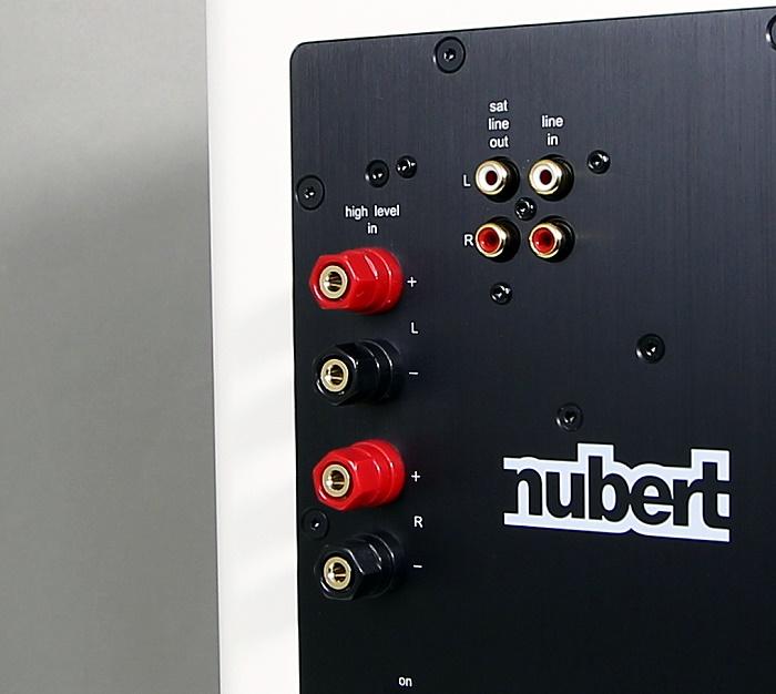 Nubert nuPro AW-350 Anschluesse Rueckseite