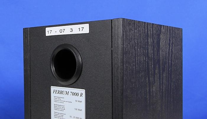 Quadral Ferrum 7000 Set Rear Bassreflexrohr2