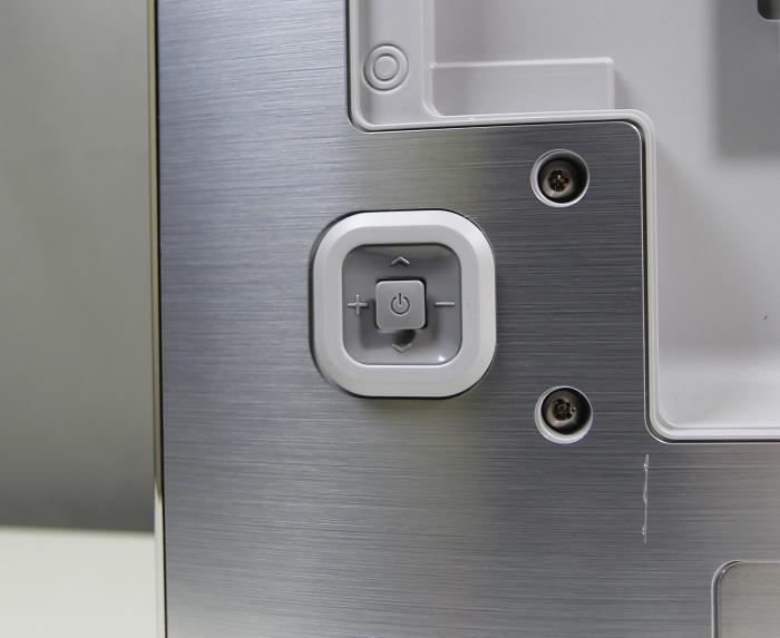 Samsung UE55F8590 Bedienelemente Rueckseite
