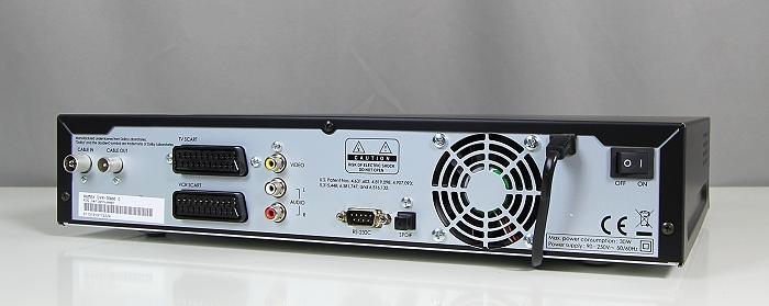 Humax DVR-9900C Rueckseite Seitlich3