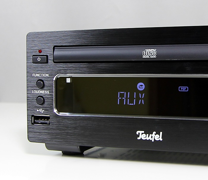 Teufel Kombo22 KB22CR Display Bedienelemente Front