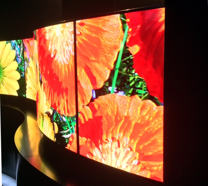 Panasonic Techology Curved 4k OLED Impressionen4