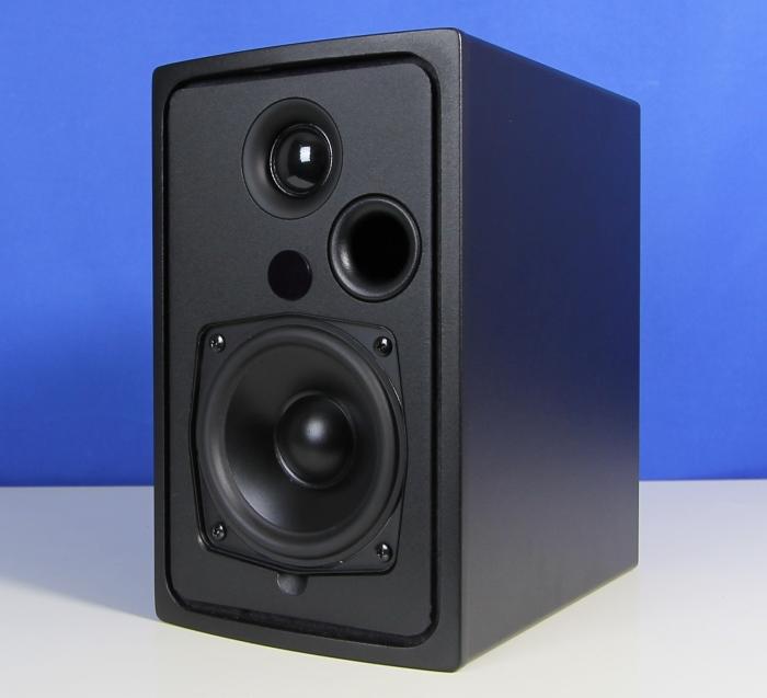 Q Acoustics Q-BT3 Front Seitlich3
