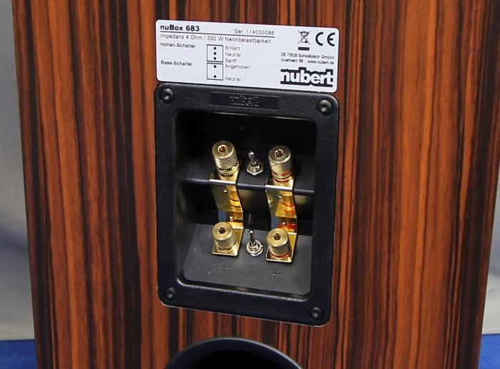 Nubert nuBox 683 Anschluesse Rueckseite