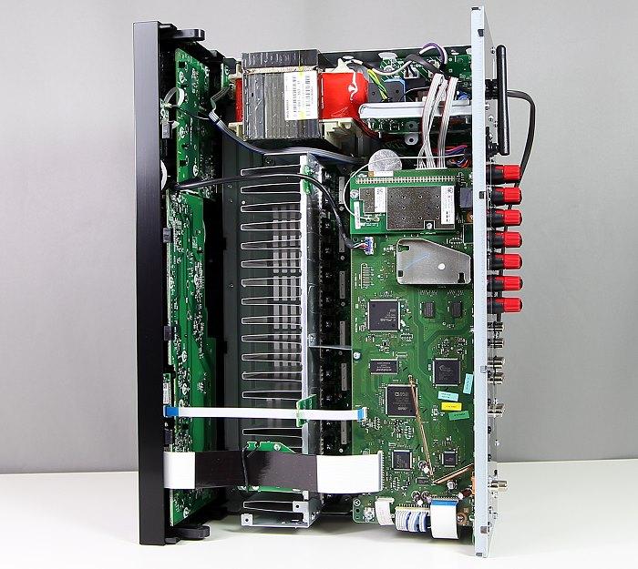 Sony STR-DN850 Innenleben Gesamt2